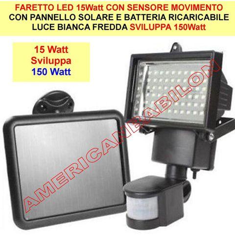 Luce Per Esterno Con Pannello Solare.Faretto Led Con Pannello Solare 15watt Sviluppa 150watt Con